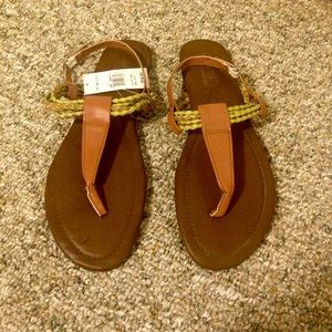 ✨NEW✨ Olivia sandals